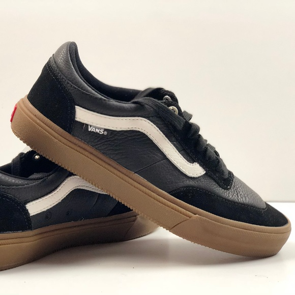 Vans Gilbert Crockett BlackWhiteGum Sneakers. NWT